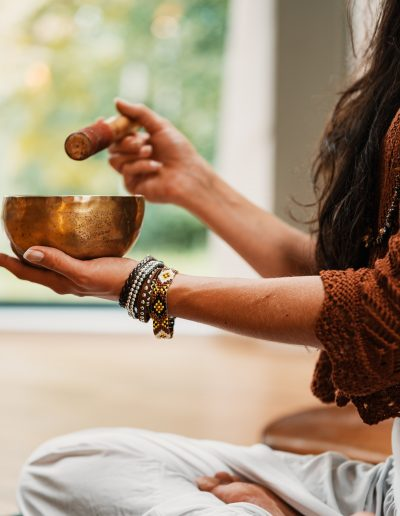8 Yogic Principles Every Meditation Altar Should Follow