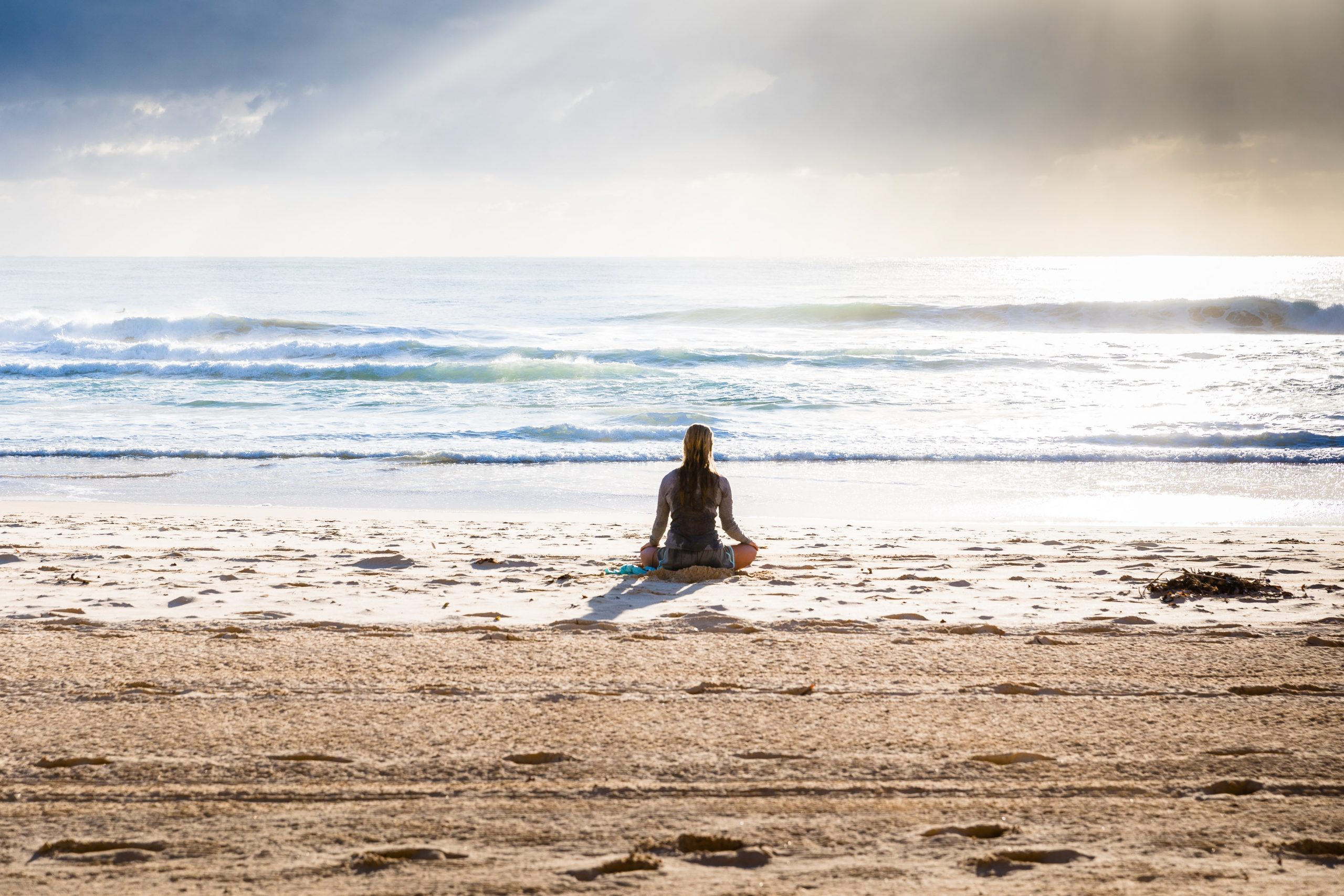 Everything You Need To Know To Start A Meditation Practice (And Keep It Going)